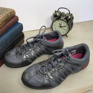 NIKE Musique IV Athletic Shoes, Size 10